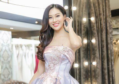 Dieu Ngoc di chon vay da hoi chuan bi thi Miss World - Anh 7