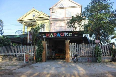 Truy bat hung thu dam 2 nguoi thuong vong tai quan karaoke - Anh 1