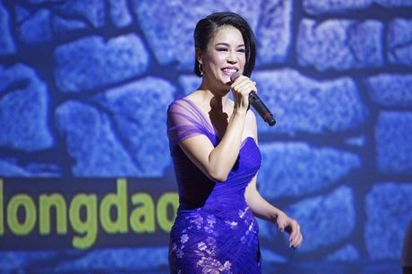 Thu Phuong nong nan, da diet ngay tro ve - Anh 2