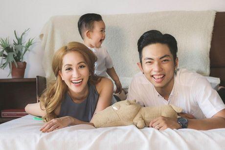 Phan Hien - Khanh Thi: Cap doi lech 12 tuoi hanh phuc cua showbiz Viet - Anh 14