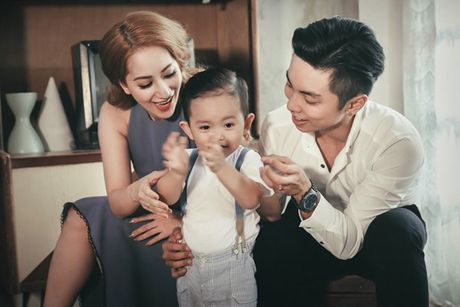 Phan Hien - Khanh Thi: Cap doi lech 12 tuoi hanh phuc cua showbiz Viet - Anh 1