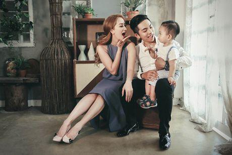 Phan Hien - Khanh Thi: Cap doi lech 12 tuoi hanh phuc cua showbiz Viet - Anh 3