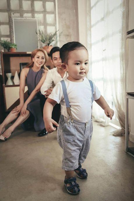 Phan Hien - Khanh Thi: Cap doi lech 12 tuoi hanh phuc cua showbiz Viet - Anh 4