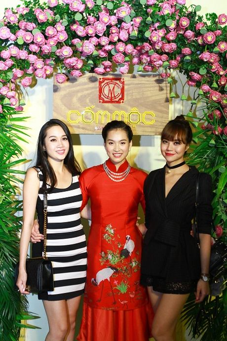 Vuong Thu Phuong hoi ngo dan sieu mau Viet Nam - Anh 5