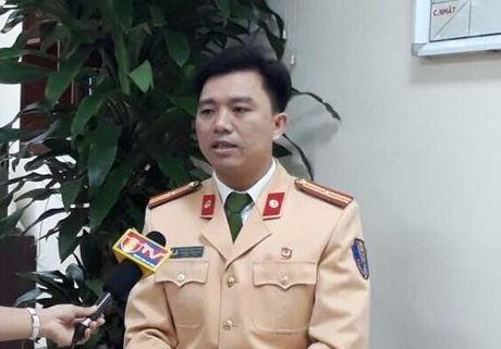 CSGT Ha Noi tra loi ve quy dinh xu phat xe khong chinh chu - Anh 1