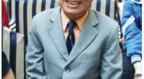 Nha giao Nguyen Ngoc Ky - Lua nghe ruc chay - Anh 1
