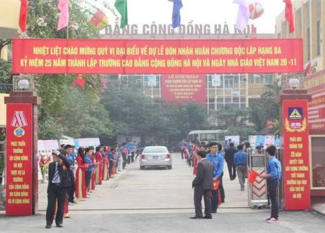 Cong nhan don vi du dieu kien dao tao, boi duong kien thuc chuyen mon, nghiep vu quan ly van hanh nha chung cu - Anh 1
