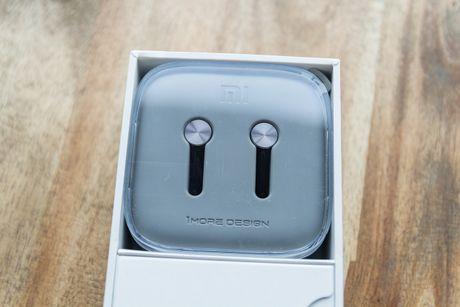 Mo hop tai nghe Xiaomi Piston Pro gia 750.000VND - Anh 4