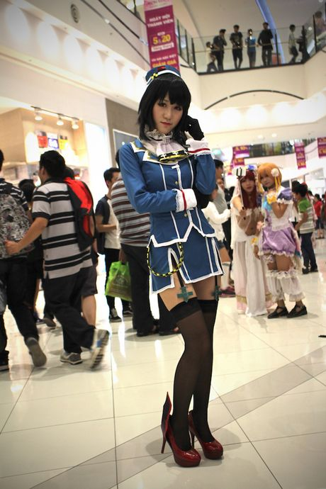 Cosplayer bien Aeon Mall Ha Noi thanh 'the gioi truyen tranh' - Anh 14