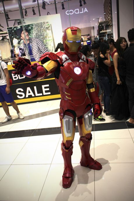 Cosplayer bien Aeon Mall Ha Noi thanh 'the gioi truyen tranh' - Anh 18