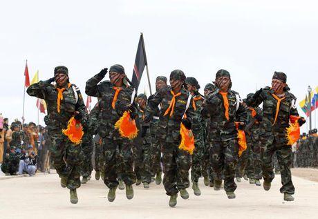 Bien gioi Trung Quoc - Myanmar bat ngo trong tinh trang bao dong cao - Anh 1