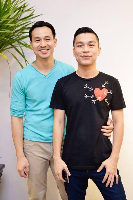 Hai chuyen tinh yeu dong tinh ngot ngao cua showbiz Viet - Anh 1