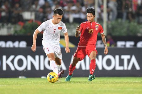 Dinh Luat, Ngoc Hai khong duoc danh gia cao vi 'boc lot chua an y' - Anh 2