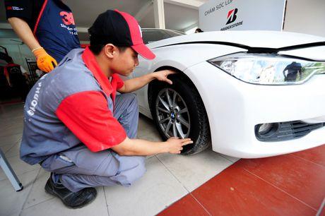 Bridgestone Viet Nam dong hanh cung tai xe Viet lan banh an toan - Anh 13