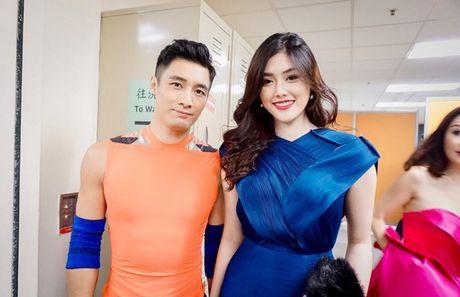 Huynh Tien xinh dep, than thiet ben tai tu TVB Tran Hao - Anh 13