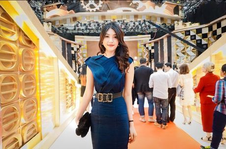 Huynh Tien xinh dep, than thiet ben tai tu TVB Tran Hao - Anh 2