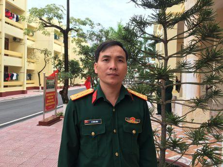 Chu tich CDCS Trung doan 710, Binh doan 15: Lam tot cong tac chinh sach - xa hoi - Anh 1