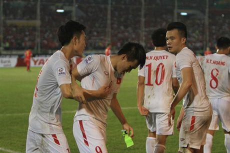 Them 1 ban nua, Cong Vinh se chinh thuc vuot mat Van Persie va Neymar - Anh 1