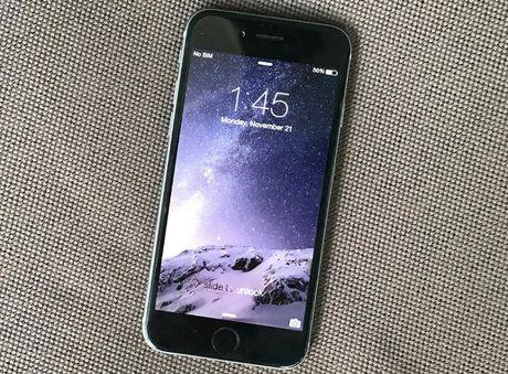 NONG: 'Bao' iPhone 6 gia 4,9 trieu dong vao Viet Nam - Anh 1