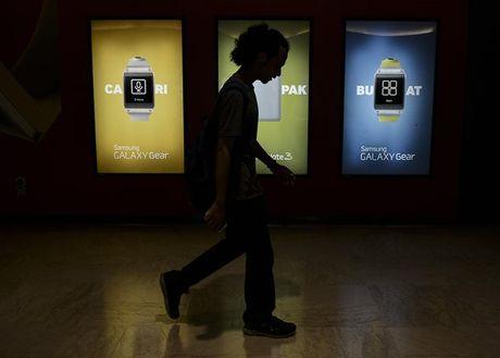 Samsung, Panasonic bi to lam dung lao dong tai Malaysia - Anh 1