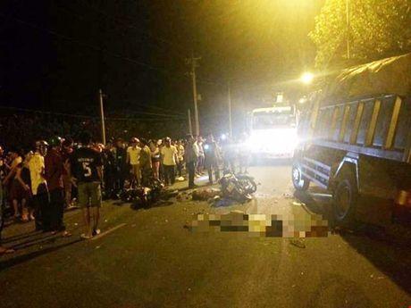 Nguyen nhan ban dau vu TNGT khien 5 nguoi tu vong - Anh 1