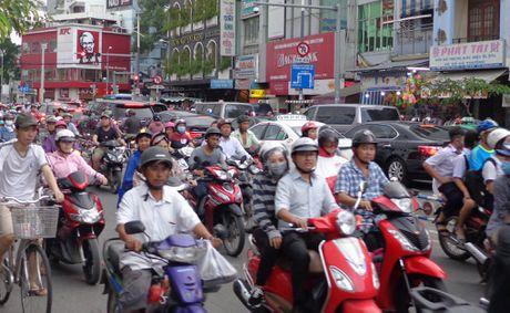 Ngay 24-11, lam hai nhanh len xuong cau Nguyen Van Cu - Anh 3