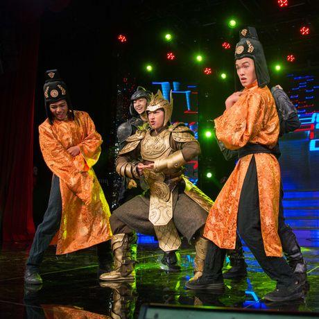 'Thai tu' Isaac nhay bai tao - but khien fan phan khich - Anh 2