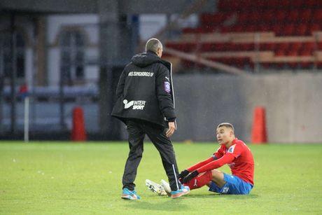 Huyen thoai Henrik Larsson thu the, san sang chien lai fan - Anh 14