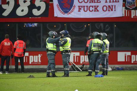 Huyen thoai Henrik Larsson thu the, san sang chien lai fan - Anh 7