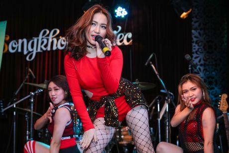 Hoa Minzy gian tiep thua nhan chia tay Cong Phuong - Anh 4