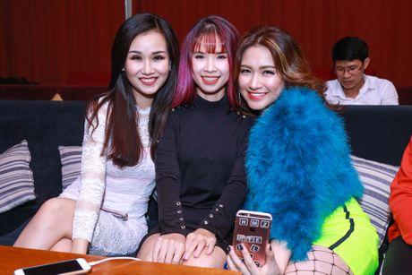 Hoa Minzy gian tiep thua nhan chia tay Cong Phuong - Anh 7