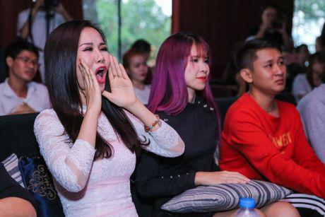 Hoa Minzy gian tiep thua nhan chia tay Cong Phuong - Anh 8