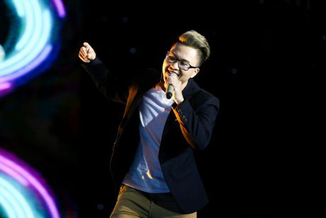 Giong ca 'Ong ba anh' gay sot trong 'Sing my Song' - Anh 1