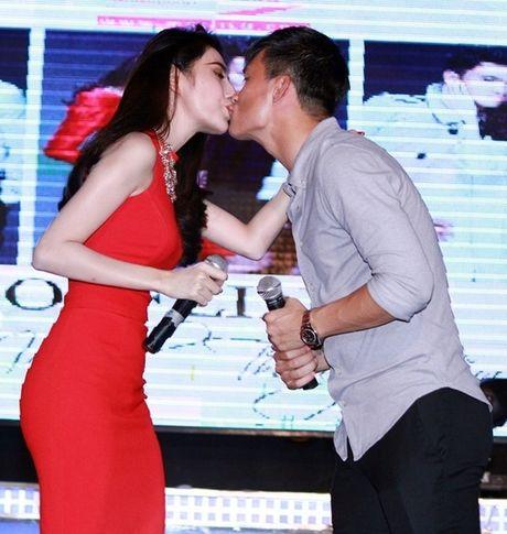 Chum anh tiet lo moi quan he doi thuc cua Thuy Tien - Cong Vinh - Anh 5
