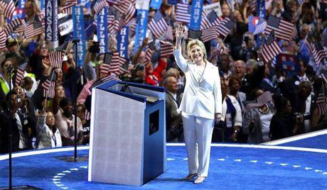 Da so nguoi My muon Hillary ve huu - Anh 1