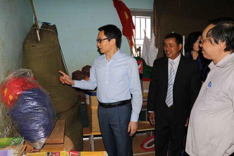 Pho Thu tuong Vu Duc Dam tham giao vien vung sau DakNong - Anh 2