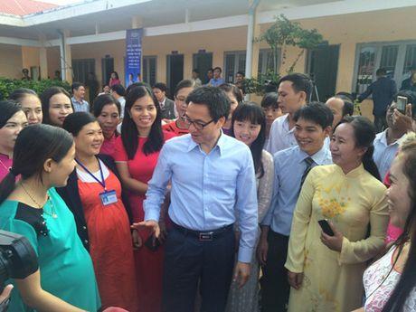 Pho Thu tuong Vu Duc Dam tham giao vien vung sau DakNong - Anh 4