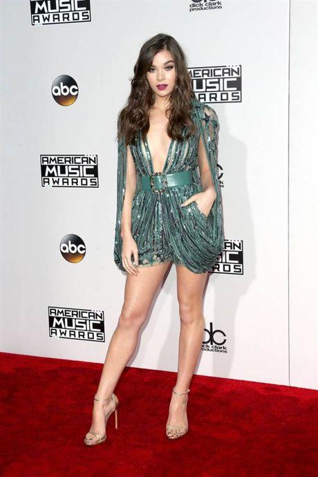 Tham do American Music Awards: Selena Gomez 'tai xuat' sau tri lieu tam ly - Anh 10