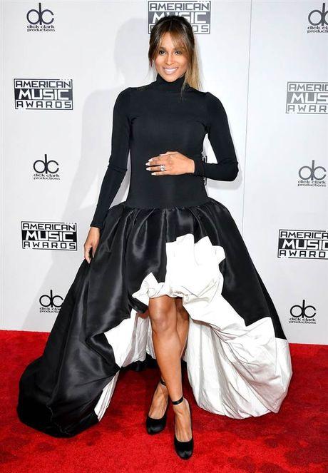 Tham do American Music Awards: Selena Gomez 'tai xuat' sau tri lieu tam ly - Anh 4
