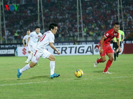 Cham diem Myanmar 1-2 Viet Nam: Cuu tinh Cong Vinh & diem tru hang thu - Anh 11