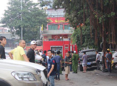 Lua thieu nhieu nha dan tren pho Tran Khat Chan - Anh 2
