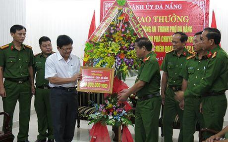 Thuong nong Ban Chuyen an pha thanh cong ke lua dao 2 ty qua Facebook - Anh 1