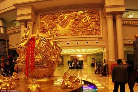 Kham pha ngoi lang duoc menh danh la 'giau co nhat Trung Quoc' - Anh 9