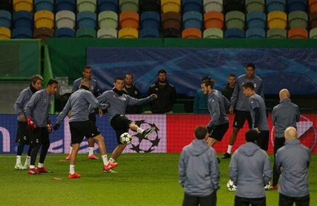 Ronaldo gong minh chuan bi cho ngay di 'san ve' cua Real - Anh 5