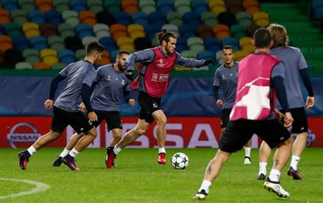 Ronaldo gong minh chuan bi cho ngay di 'san ve' cua Real - Anh 7