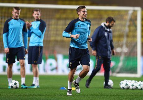 Sau Kane, den luot sao tre Tottenham mang mat na den san tap - Anh 8