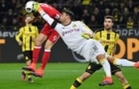 HLV Dortmund sot ruot vi Marco Reus - Anh 4