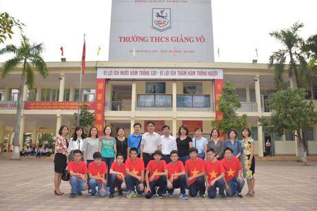 Hoc sinh THCS Giang Vo len duong thi vo dich cac doi tuyen Toan the gioi - Anh 1