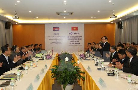 TIN NONG ngay 22-11: Doi mat voi dong dat va song than, nguoi Nhat lai khien the gioi 'nga mu' - Anh 1