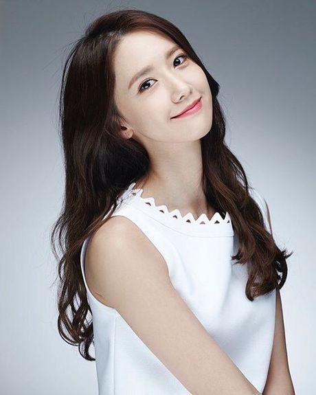 YoonA (SNSD) lo ngai thay doi hinh anh trong sang - Anh 2